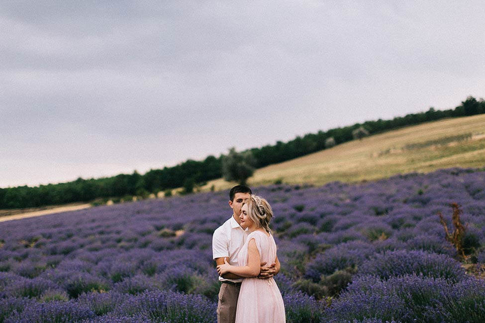 VSCO wedding photographers in Europe, France and Moldova.