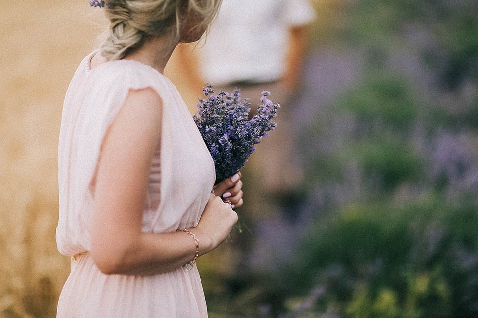 Lavender bouquet for your wedding day.