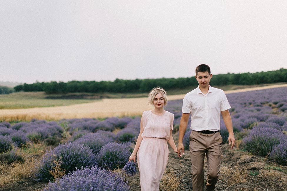 Engagement photos in the countryside of Moldova.