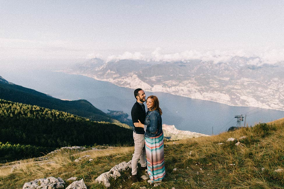 Lago di garda is the perfect spot for adventure sessions with we are the hoffmans, Italy wedding photographer.