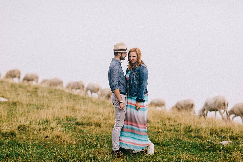 Enrioc and Eleonora are a talented Italy wedding photographer duo, but this time they are in front of the camera for stunning portraits in the Alps.